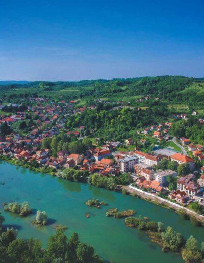 Hrvatska Kostajnica i rijeka Una